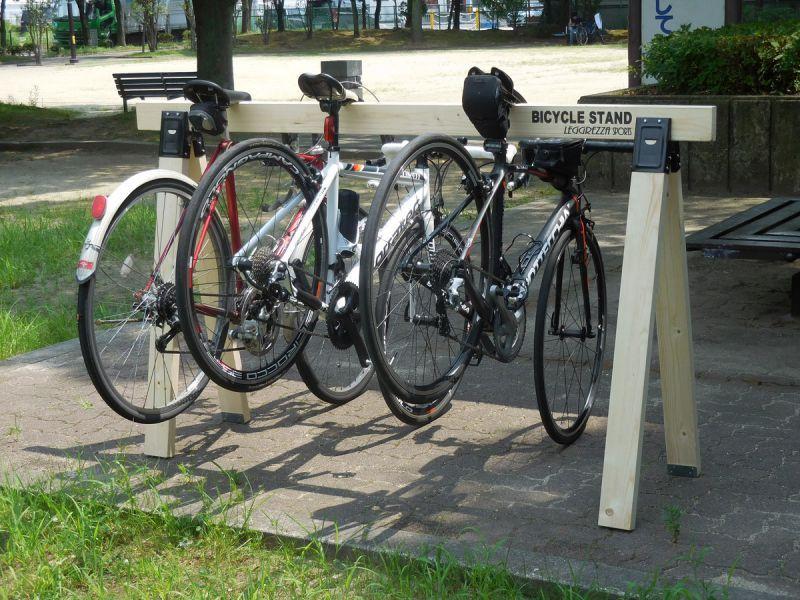 画像2: LEGGREZZA SPORTS レグレッツァ スポーツ BICYCLE STAND 木製サイクルスタンド 2x4材「ナチュラル」